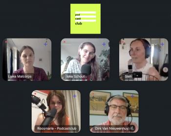 screenshot van Riverside omgeving, je ziet Lieke, Ineke, Sien, Dirk, Roosmarie en Ieke allemaal in hun eigen vakje. Bovenaan het logo van de Podcastclub